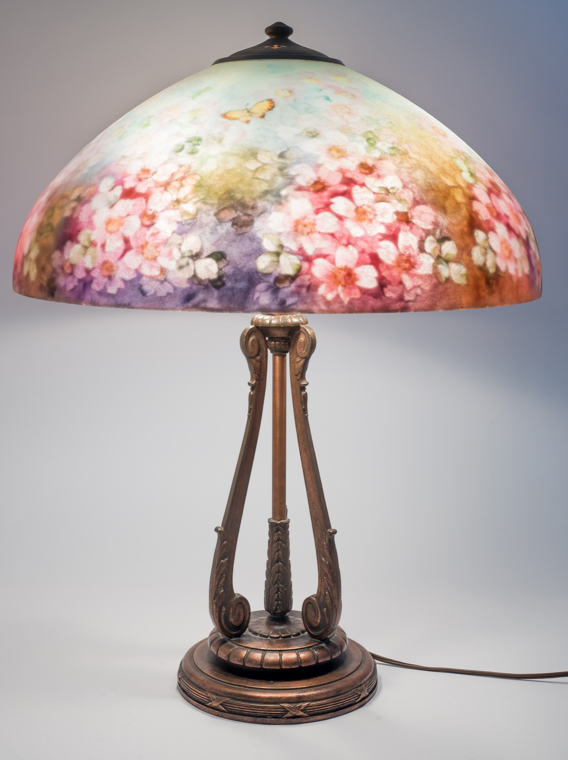 Lot 2 Handel Floral Table Lamp 6688 Manifest Auctions